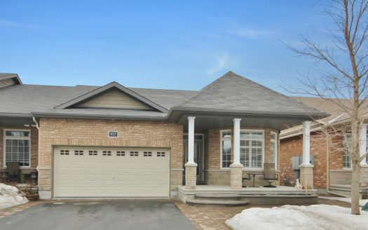 917 Burwash Landing Way Kanata